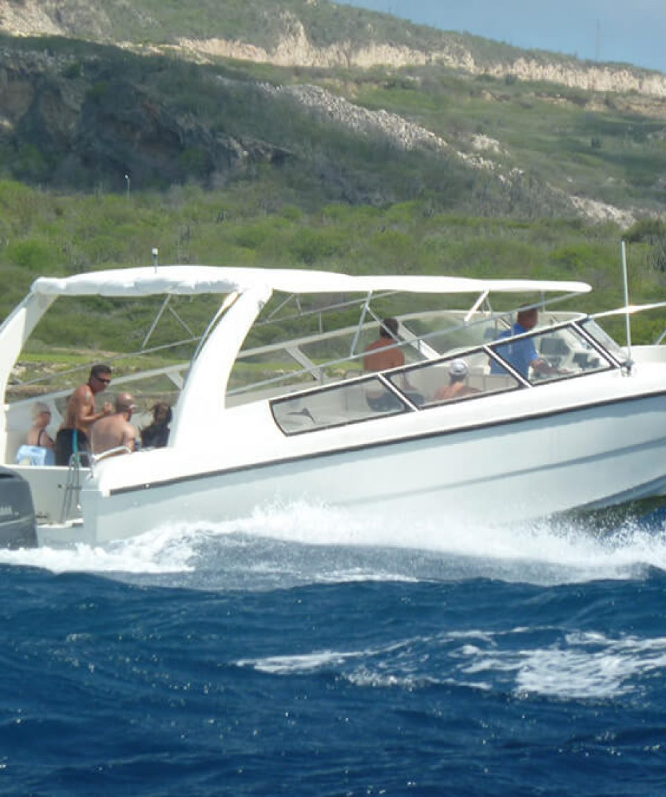 Curacao-Speedboat-adventure