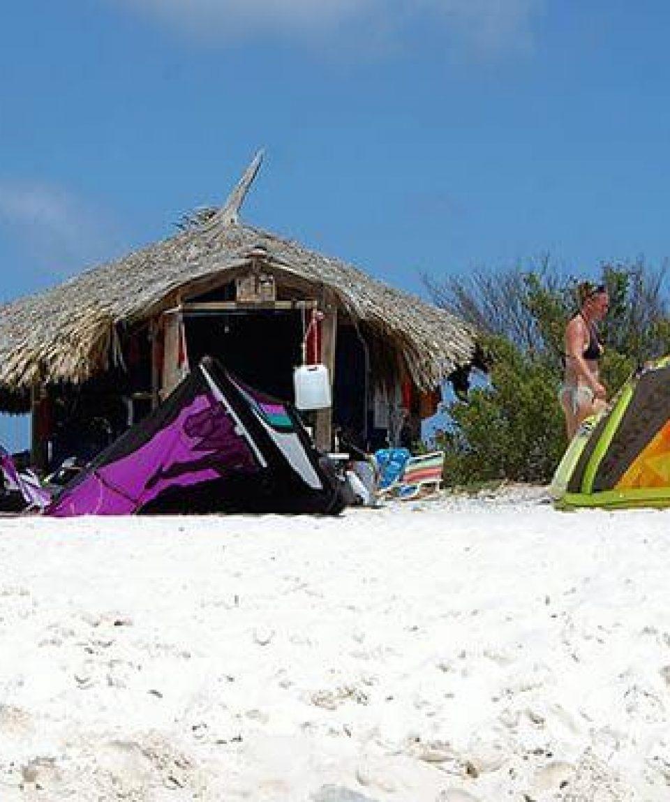 Kite-surf-boat-klein-curacao-06