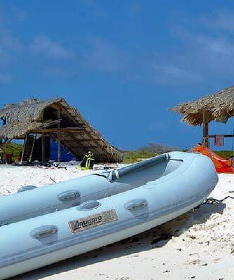 Kite-surf-boat-klein-curacao-08