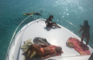 Klein-Curacao-Boat-Charter-Z-16