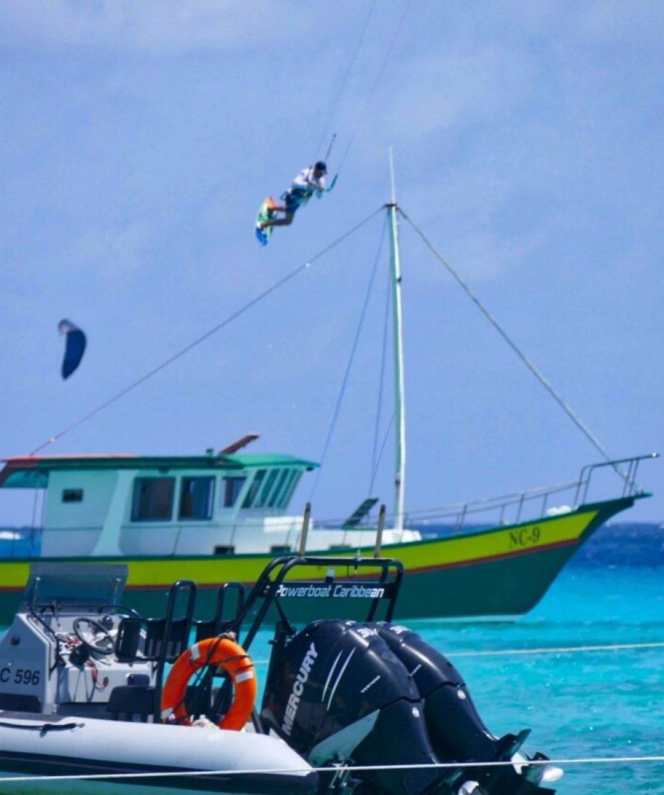 Klein-Curacao-Kitesurfing-11