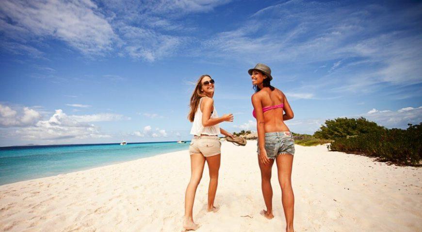 Klein-Curacao-Girls-Beach